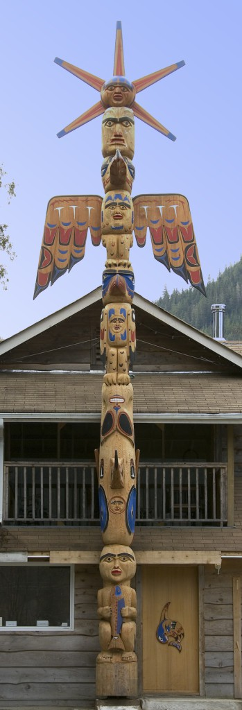 Totem Saunders Home