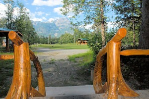 Grizzly Tours Cabins
